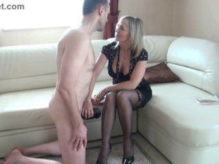 bitch grownup makes a wank with the legs