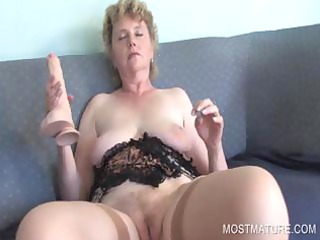 mature dildoing with sex toy
