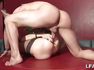 dual penetration pour cette mature cochonne