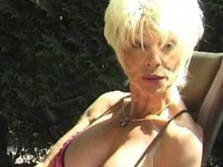 triple with cougar slutty moms