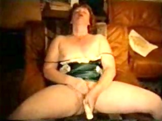 cougar lady getting off on plastic cock