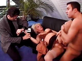 cougar woman bangs her bf and the medic