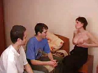 pregnant brunette lady takes gangbanged