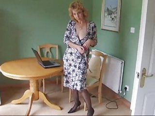 older  figure  nylons nylons expose