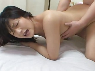 squealing japanese woman yukie minigawa