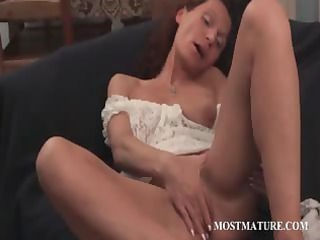 skinny mature fisting her cunt