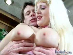 cece gives a fellatio