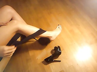 ladymm italian milf, high shoes and stockings
