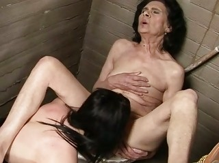 so granny old inside homosexual woman porn