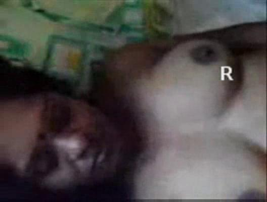 indian grownup aunty giving cock sucking and