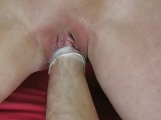 finger gangbanging a older  clean vagina