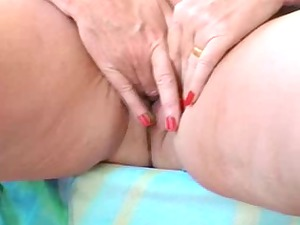naughty bbw elderly dildoing