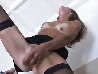 sexy cougar yellow head into nylons