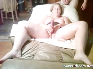 lady slut stuffing cave with fist and sex toy