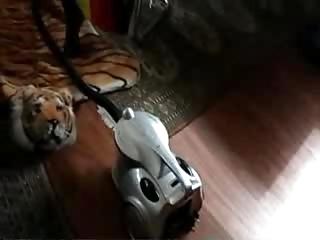 weird stolen video of my rooty milf !